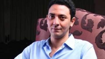 بالصورة- فتحي عبد الوهاب أحدث المنضمين لبطولة مسلسل عادل إمام