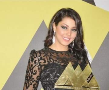 ابتسام تسكت تشكر جمهورها بعد نيلها جائزة عن أغنيتها