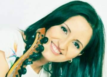 """خاص الفن بالفيديو- نسرين حميدان تتميز بأداء """"لبنان يا قطعة سما"""" وتحضر ألبوماً غنائياً للأطفال"""