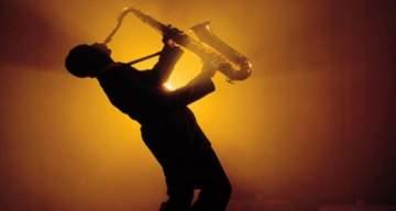 وفاة مغني وملحن الجاز الأميركي الأشهر