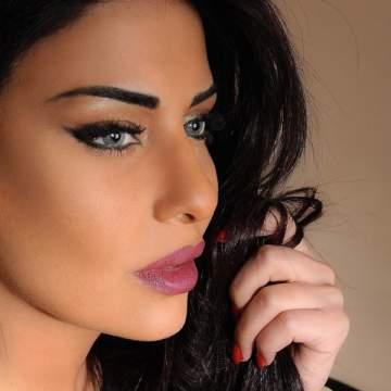 """خاص الفن- غنوة محمود مغرمة بشاب مصري وما علاقة """"الدولي"""""""