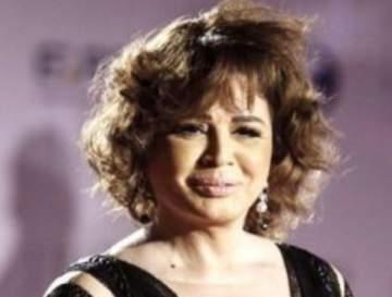 إلهام شاهين ترد على منتقدي فستانها في مهرجان الجونة