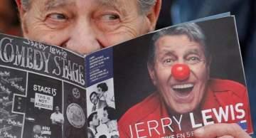 الموت يغيّب نجم الكوميديا الأمريكي جيري لويس!