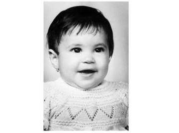 هذه الطفلة أصبحت اليوم أشهر نجوم العالم