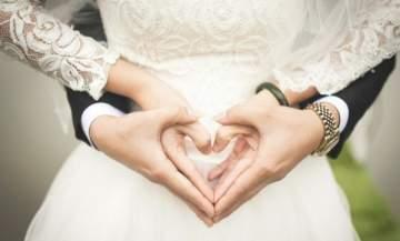 إعلاميان عربيان يحتفلان بزفافهما- بالصور والفيديو