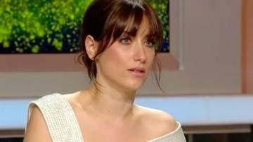 هازال كايا بقصة حب مع المخرج التركي علي اتاي