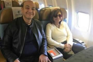 عمرو أديب ولميس الحديدي يحتفلان بالعام الجديد في بيروت