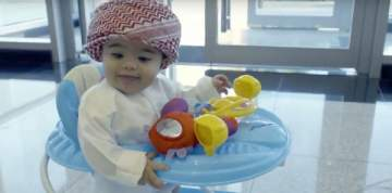 الإمارات تعين أصغر موظف بالعالم وعمره 8 أشهر فقط..بالفيديو