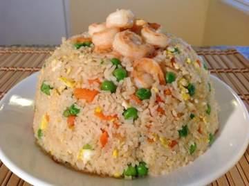 تحضير وصفة الأرز مع القريدس