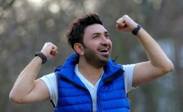 سامر كابرو يغني للمنتخب السوري
