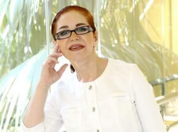 ميادة الحناوي: لست مصابة بأي مرض.. ولبنان سينتصر على الإرهاب