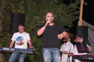حفل جماهيري لناجي أسطا في مهرجان انطلياس ..بالصور