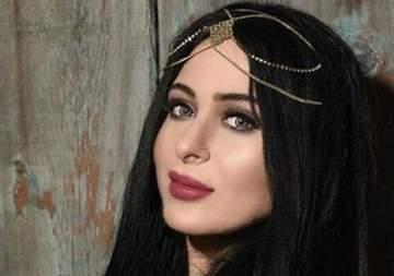 """فرح يوسف تطرح أغنيتها الجديدة """"عزا قلبي"""""""