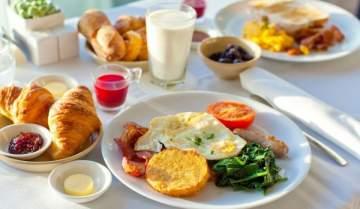 خيارات صحيّة لوجبة فطور تحميكم من الأمراض