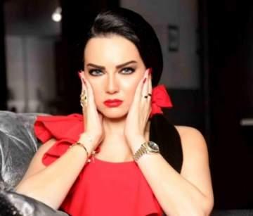 صفاء سلطان بفيديو عفوي من كواليس تصوير أحدث أعمالها