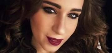 أسماء شريف منير تعلن رسمياً انفصالها عن خطيبها
