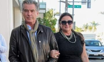بيرس بروسنان وزوجته يستمتعان بوقتهما بعيداً عن الأضواء..بالصور