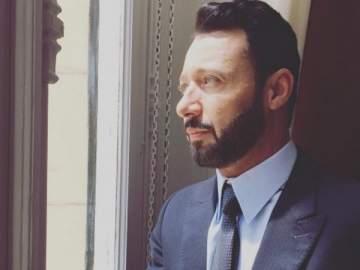 أحمد فهمي يعايد نجله الصغير في عيد ميلاده - بالصورة