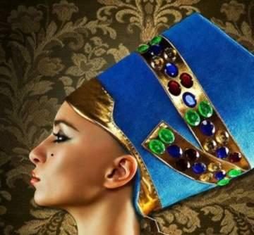 نفرتيتي أقوى وأجمل نساء مصر القديمة.. وهل كانت بيضاء أم سمراء؟