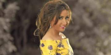لطيفة تكشف عن مقطع من أغنيتها الجديدة.. بالفيديو