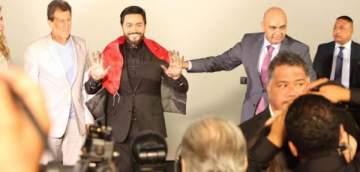 المسرح الصيني في هوليوود يحسم الجدل: بصمة تامر حسني مؤقتة