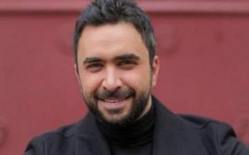 نادر الأتات يشوّق جمهوره لأغنيته الجديدة.. بالفيديو