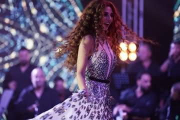 ميريام فارس تخطف الأنظار بين القاهرة ودبي..بالصور