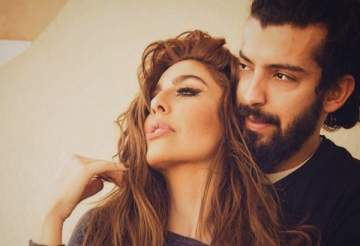 قبلة ليلى اسكندر الجريئة لزوجها كشفت قباحة مريم حسين وغيرتها