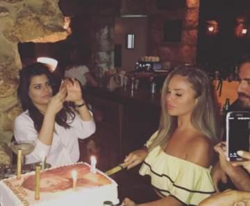 نيكول سابا تحتفل بعيد ميلادها مع زوجها وأصدقائها ..بالصور