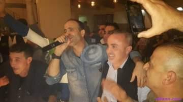خاص بالصور- أيمن زبيب يشارك وسام فرح فرحته قبل السفر