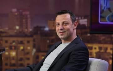 إلى وليد دمياطي... ملعب الكوميديا ليس لك فأتركه لـ هشام حداد