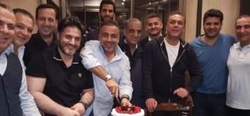 ملحم زين يجمع الأصدقاء للاحتفال بعيد ميلاد عماد قانصو- بالصور