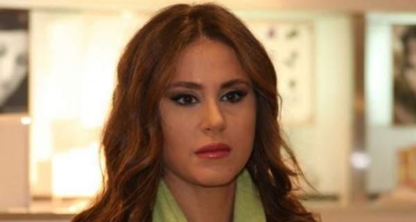 بالفيديو: بعد تلقيها خبراً مفجعاً..ديمة قندلفت تُبكي الجميع!