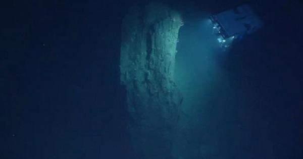 العثور على معلم أثري تحت سطح المحيط الأطلسي - بالفيديو