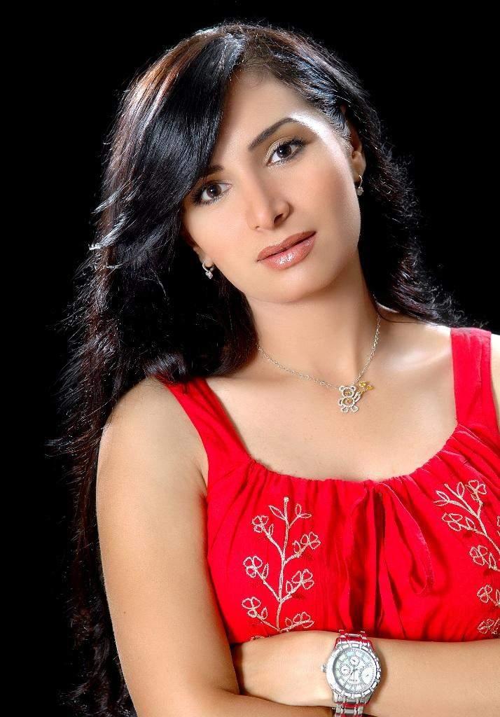 خاص النشرة: زواج رشا شربتجي من شقيق سوزان نجم الدين