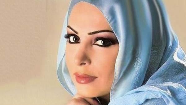 الصورة الأولى لـ أمل حجازي بعد اعتزالها الفن وإرتدائها الحجاب