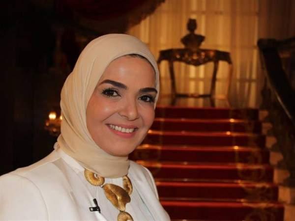 منى عبد الغني :