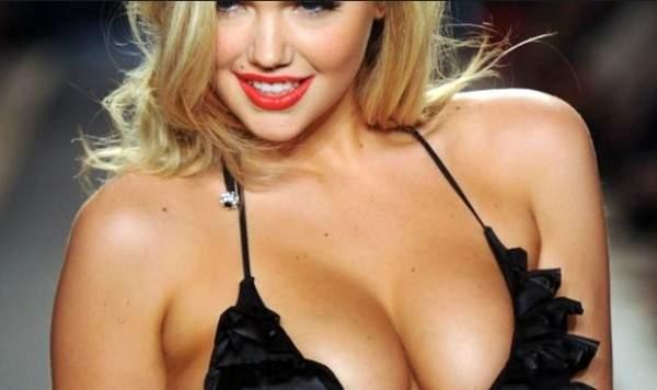 أخطاء يرتكبها الرجل بحق ثدي المرأة خلال الجنس