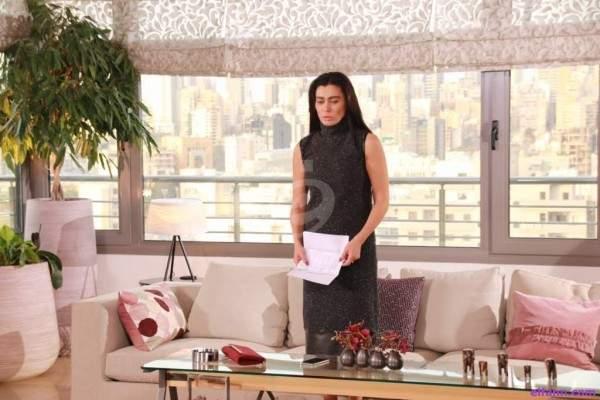 نادين الراسي: أتعب من هذا الشعور أحياناً..جهاد الأندري: أخون زوجتي في دبي