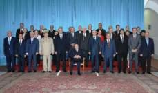 رئيس وزراء الجزائر: لا نعاني أزمة مالية ولن نطبق إجراءات تقشفية