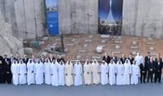145 دعامة لوضع أساسات أعلى برج بالعالم