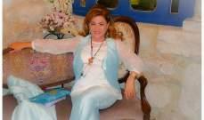 """روز كيروز الأشقر: لكل امرأة جمالها... لذلك أشجع النساء على البقاء """"طبيعيات"""""""