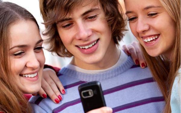 دراسة: إعطاء الهواتف الذكية للأطفال هو كإعطائهم غرام من الكوكايين