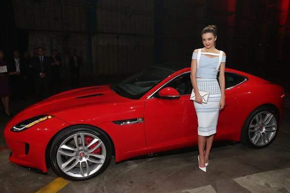 """""""جاغوار"""" تزود سيارتها بمحرك جديد و""""سيتروين"""" تكشف عن سيارة كروس"""