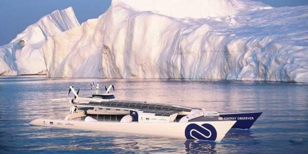 قارب يزود نفسه بالطاقة ينطلق في رحلة تستمر ست سنوات حول العالم