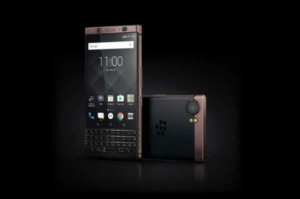 """إليكم النسخة البرونزية من الهاتف """"Blackberry KEYone"""""""