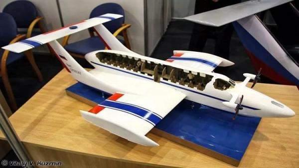 أول ساعة ذكية ذاتية الشحن..حاسوب قادر على تدمير نفسه وطائرة برمائية
