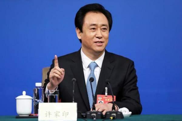 تشو جيا ين يحصد لقب أغنى رجل في الصين رغم ديون شركته