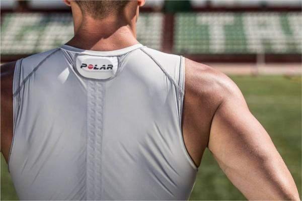 """قميص ذكي للرياضيين المحترفين... وروبوتات لتنظيف وجز العشب من """"LG"""""""