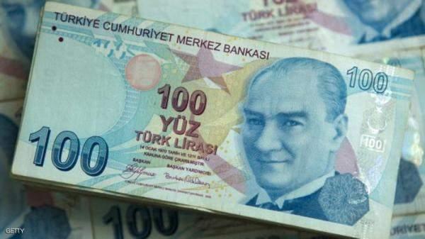 الليرة التركية تتراجع لمستوى قياسي